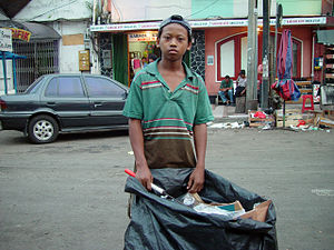 Informal sector - Waste picker in Indonesia