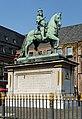 Jan-Wellem-Reiterstandbild auf dem Marktplatz in Duesseldorf-Altstadt, von Suedosten.jpg