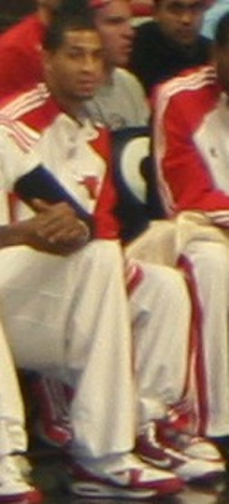 Jannero Pargo - Pargo sitting on the bench during a 2009 game