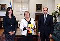 Jefa de Estado recibe invitación para la Copa América 2015 (17380237702).jpg