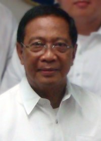 Jejomar Binay (cropped).jpg