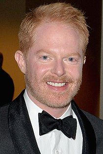 Jesse Tyler Ferguson May 2014 (cropped).jpg