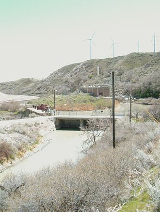Jordan River (Utah) - Dam and pumping house in the Jordan Narrows that diverts water to several canals