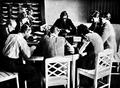 Juist schule am meer 1931 unterricht.png
