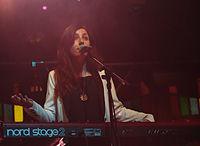 Julia Holter und Band (Haldern Pop 2013) IMGP2441 smial wp.jpg