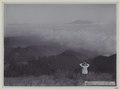 KITLV - 5806 - Kurkdjian - Soerabaja - Mount Bromo in the Tengger Mountains in East Java - circa 1910.tif