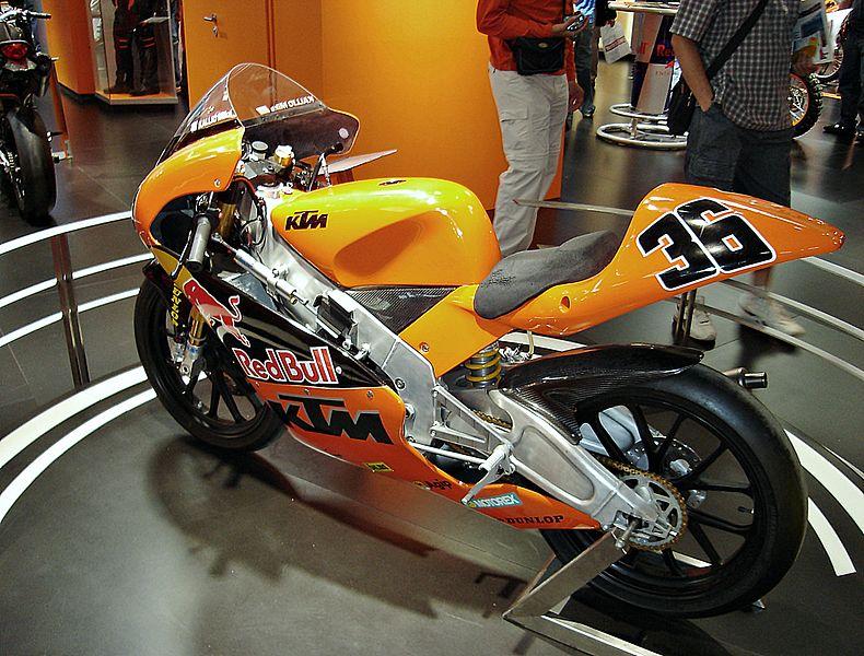 File:KTM 125 Mika Kallio-Salon de Brcelona.jpg