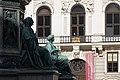 Kaiser Franz-Denkmal Hofburg Wien 2015 Sitzfiguren Friede Glaube 1.jpg