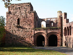 Castle chapel - Chapel of the Imperial Palace, Gelnhausen above the gate