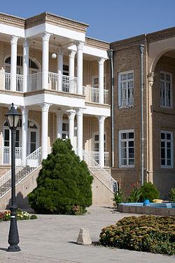Kanjei zade house in Tabriz.jpg