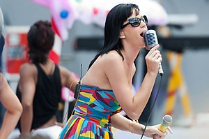 """Katy Perry rehearsing her first single """"C..."""