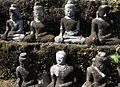 Koe Thaung-Mrauk U-36-Buddhas-gje.jpg