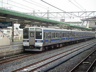 Oyama Station - A Mito Line 415 series train at Oyama