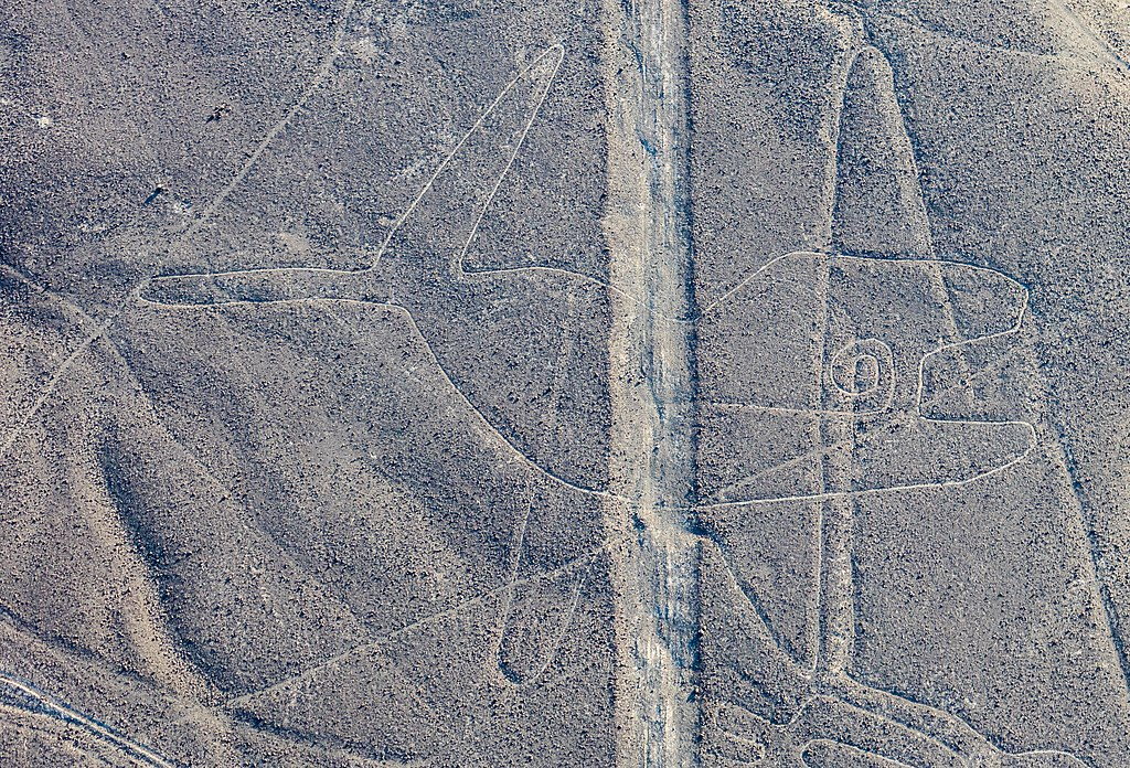 geoglyphs of the nazca culture The nasca/nazca (hereafter 'nasca') culture flourished in the valleys of the south   for its ground drawings, the nazca lines, also called 'geoglyphs' designs,.
