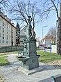 Löwenbrunnen 11216 in A-2410 Hainburg.jpg