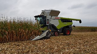 Claas agricultural machinery manufacturer