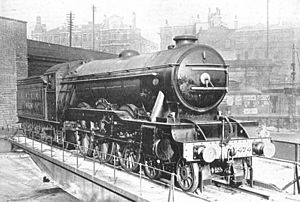 LNER Pacific 4474 on King's Cross turntable (CJ Allen, Steel Highway, 1928).jpg