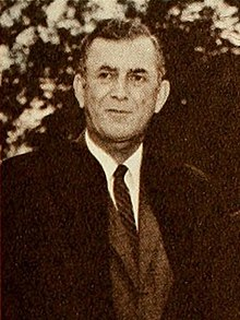 Laurence M. Gould 1961 (cropped).jpg