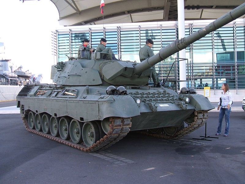 Файл:Leopard 1A5 esposto.jpg