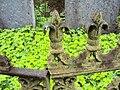 Lilla Beddinge gamla kyrkogård detalj.JPG