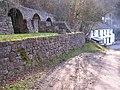 Lime Kilns and Pub - geograph.org.uk - 119224.jpg