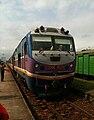 Locomotive D19E-953 at Dieu Tri.JPG