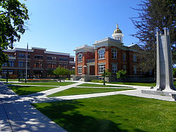 Downtown Logan, Utah & Courthouse