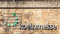 Logo der Koelnmesse am Bahndamm Auenweg, Köln-Deutz-6055.jpg