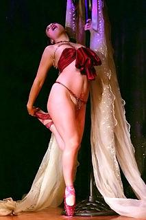 Lola the Vamp Australian dancer