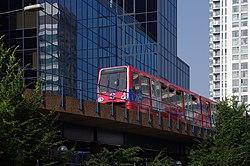 London MMB «J4 Docklands Light Railway (Marsh Wall) 60.jpg