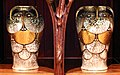 Louis majorelle, mobile, 1900 ca., 03 vasi di alexandra porcelain works ernst wahliss (boemia 1905-10 ca.).jpg