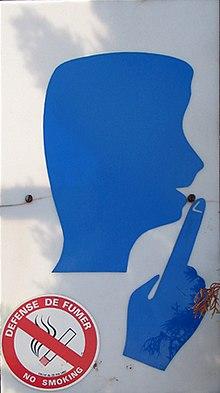 Das Piktogramm 220px-Lourdes_no_smoke_no_talk