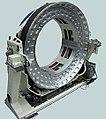 Luftgelagerter Computer-Tomograph (mehrfach patentiert).jpg
