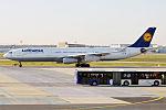 Lufthansa, D-AIGT, Airbus A340-313 (25976379214).jpg