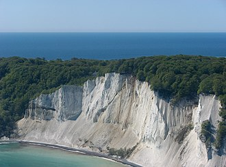 GeoCenter Møns Klint - GeoCenter Møns Klint just visible at the top of the cliffs