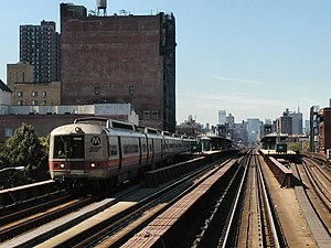 Harlem–125th Street (Metro-North station) - View from inbound train as an outbound New Haven Line train departs.