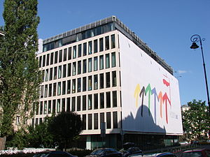 Ministry of Foreign Affairs (Poland) - The MSZ's new extension, Articom office building at 21 Szucha Avenue, which in 2011 displayed a large-scale version of Poland's then-presidency of the Council of the European Union.