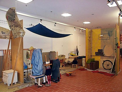 Macedonian Museums-81-Krat Sygxronhs Texnhs Thess-359.jpg