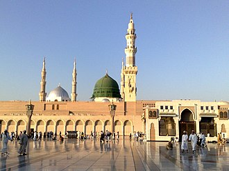 Al-Masjid an-Nabawi - Image: Madeena masjid nabavi 12122008230