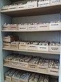 Magasin de couleurs en bobines pour l'atelier de restauration tapisserie - Mobilier national.jpg