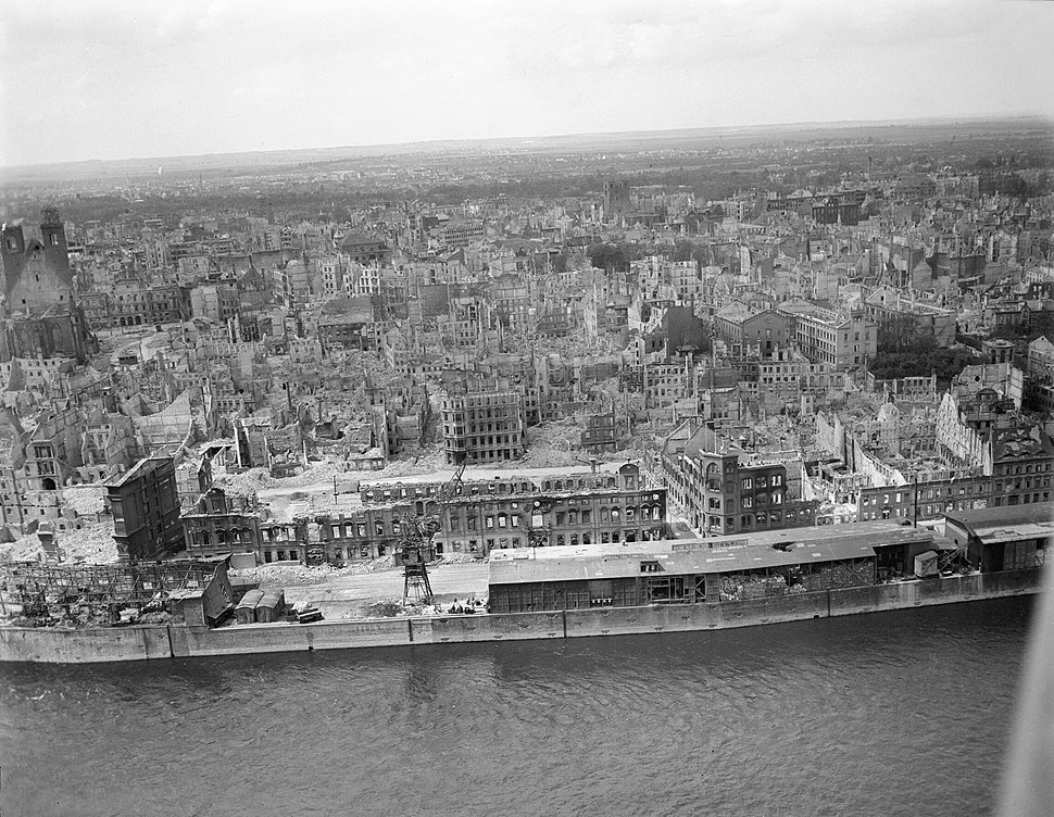 Magdeburg, Royal Air Force Bomber Command, 1942-1945 CL3459