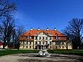 Malpils manor 2010 - panoramio.jpg