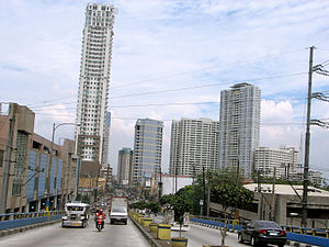 Shaw Boulevard - Shaw Boulevard, looking east from the crossing flyover