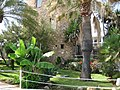 Marbella - Turm am Hafen - panoramio.jpg