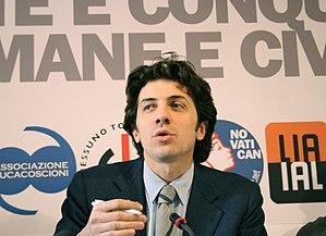 Marco Cappato in una conferenza stampa