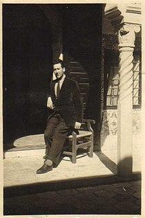 Maurice Boitel à la villa Abd-el-Tif en 1946.jpg