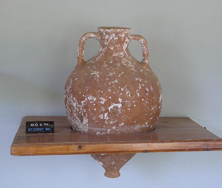 File:Mendesean amphora.jpg