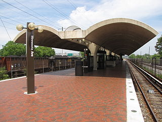 Minnesota Avenue station, inbound end.jpg