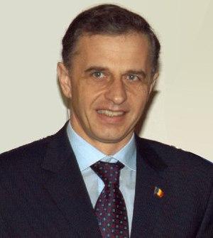 Mircea Geoana 01