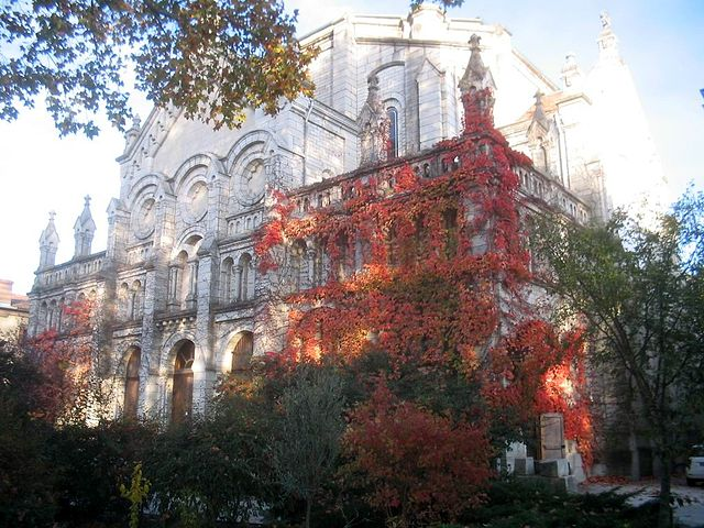 File:Monastere de Prouille061115.jpg